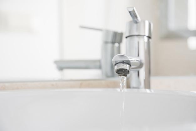 A víziközmű-szolgáltatással kapcsolatos szemléletformálás